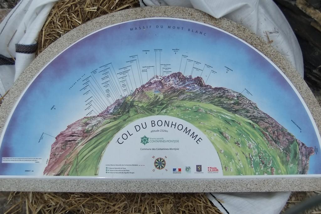 Table d'orientation de COL DU BONHOMME sur le tour du Mont Blanc